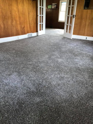 Carpet Re-Stretching/ Carpet Repair